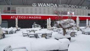 Tormenta 'Filomena' sepulta a España bajo la nieve; hay 3 muertos