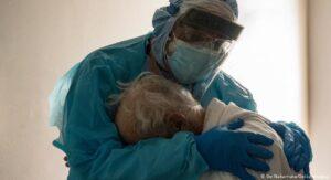 DSHS confirma primer caso de nueva variante de covid en Texas