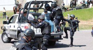 Mueren cinco secuestradores y rescatan a seis víctimas en Veracruz