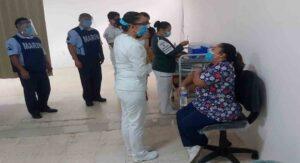 Semar apoya en vacunación en Yucatán y Quintana Roo