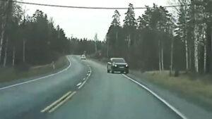 'Camioneta voladora' y un posible meteorito: Las insólitas grabaciones de cámaras Tesla (VIDEO)