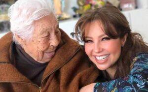 Thalía denuncia maltrato a su abuela; está delicada de salud