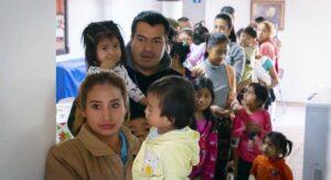 Migrantes mexicanos: SRE negocia con EEUU estrategia para poder vacunarlos