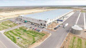 Invertirá empresa mil mdd en bodegas en Laredo, Texas