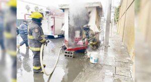 Puesto de tacos se quema por grave descuido