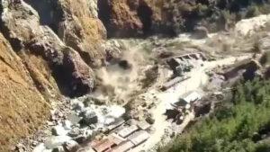 VIDEO: Deja 200 desaparecidos fuerte inundación desatada por ruptura de glaciar