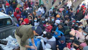 En Tijuana, esperan al menos 500 migrantes cruzar a EU