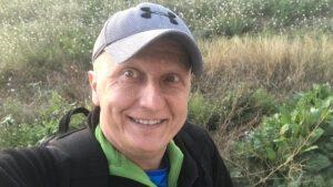 Condenan a sujeto que engaño con campañas de tratamiento contra tumores para enriquecerse