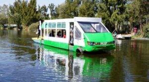 Micro-trajinera de Xochimilco se vuelve viral en redes