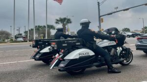 Policía de Laredo aplica de manera estricta Ley de Teléfonos Móviles