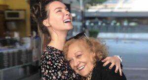 """Muere abuelita de Belinda: """"siento el dolor más grande de mi vida"""", dice la artista"""