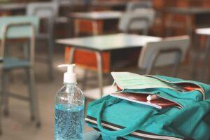 Inicia Guatemala ciclo escolar con clases presenciales y online