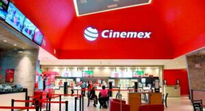 Sigue Cinemex cerrando sucursales en el país: caen 80% sus ventas