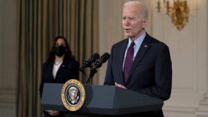 Biden firma orden para eliminar declaratoria de emergencia en frontera con México