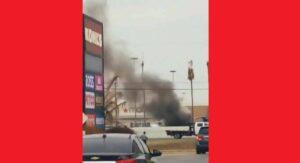 Arde en llamas camión en estacionamiento del Mall del Norte