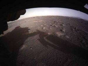 NASA publica increíbles imágenes del 'Perseverance' en Marte (VIDEO)