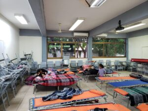 Activan refugios por frío extremo en Laredo, Texas