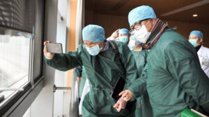 Esto es lo que se sabe del origen del coronavirus tras investigación en Wuhan