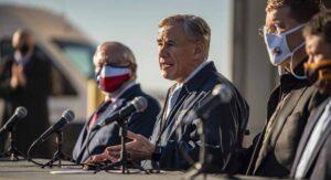 """Critican apertura de Texas: """"Acción cínica de Abbot matará texanos"""""""