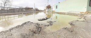 Abandonan vialidades en colonias de Nuevo Laredo