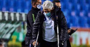 Aparece Tuca Ferretti en muletas ¿qué le pasó?